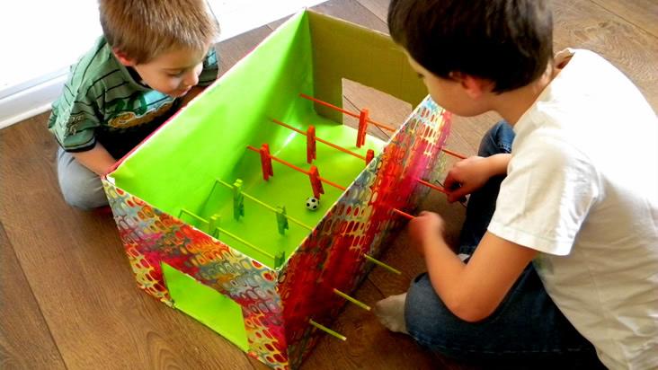 13 Juegos hechos con cajas de cartón | Más Chicos