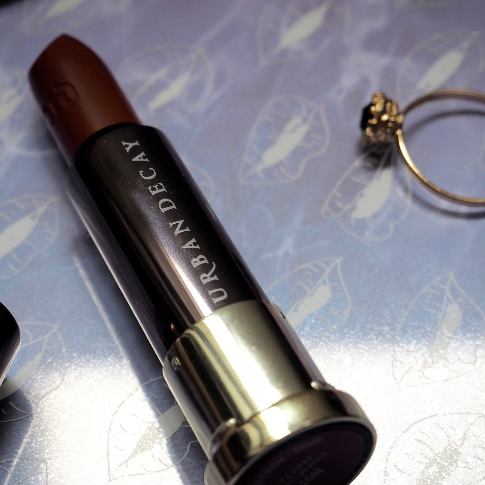 Urban Decay Vice Lipstick Shade 1993 Comfort Matte