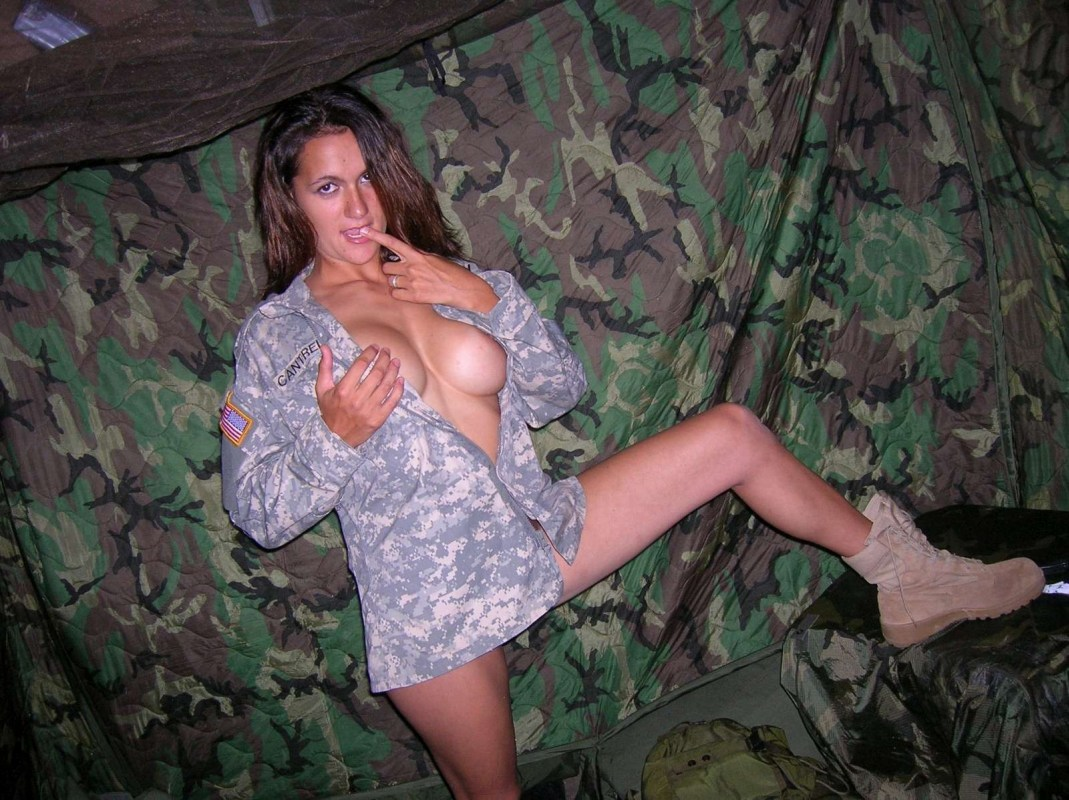 Real Naked Army Girls