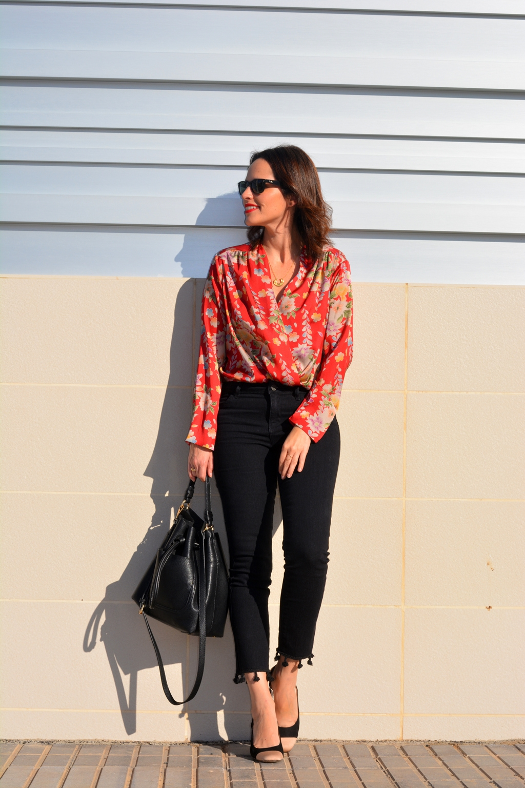 outfit-jeans-favoritos-pompones-body_zara