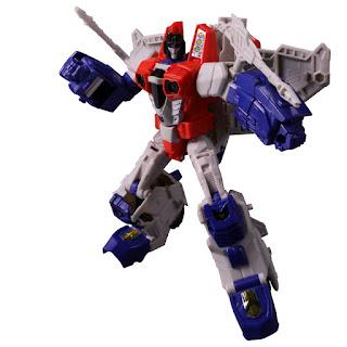 PP-19 Starscream dalla Takara Tomy per la serie Transformers Power of the Primes