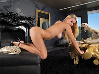 Natalia Starr InThe Crack 736 Complete Full Size Picture Set