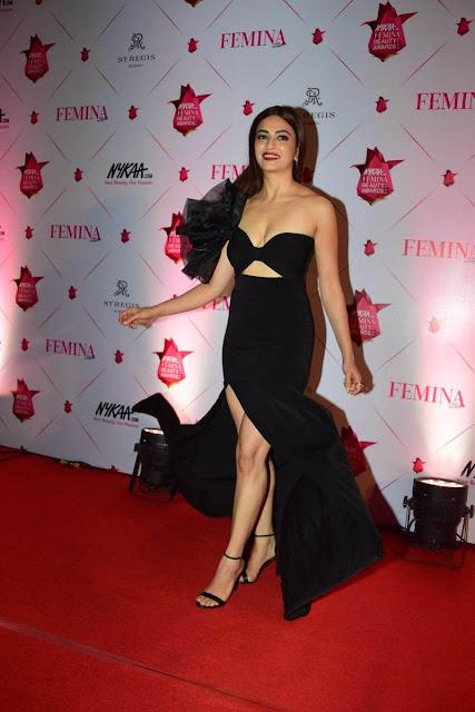Kriti Kharbanda Ultra Hot at Femina Beauty Awards 2017