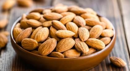 manfaat almond untuk kulit wajah putih