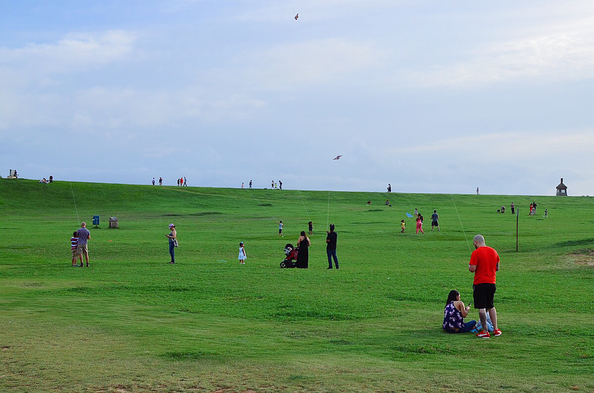 Flying kites at San Felipe Del Morro