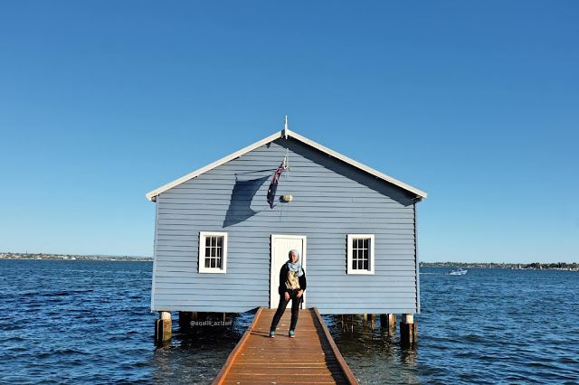 Crawley Edge Boatshed Blue Boat House Perth Curitan Aqalili