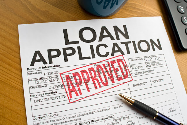 Why have many risks with loans online for customers ?