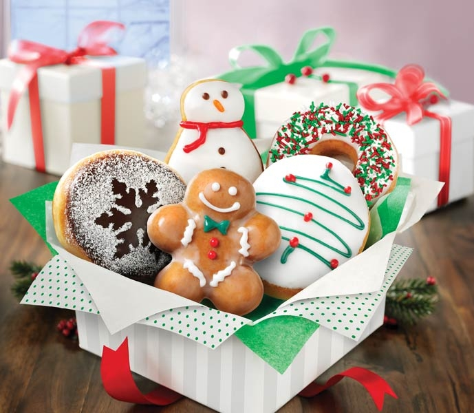 Krispy Kreme Holiday Doughnuts And Deals - On the Go in MCO |Christmas Krispy Kreme Doughnuts