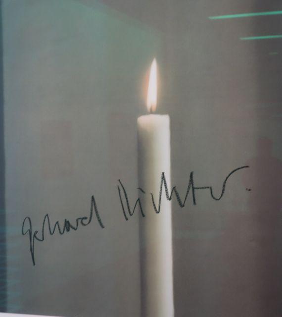 Die Kerze Wachse Daher Geradezu Aus Dem Nichts In Den Bildraum, Sie Bleibe  Dadurch Im Abstrakten. Erst Die Flamme Darüber Mache Die Kerze Dinglich Und  ...