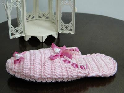 Sandália de Crochê Para Meninas Confeccionadas Por Pecunia MillioM
