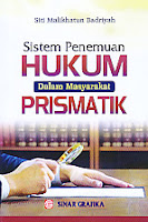 AJIBAYUSTORE Sistem Penemuan Hukum Dalam Masyarakat Prismatik