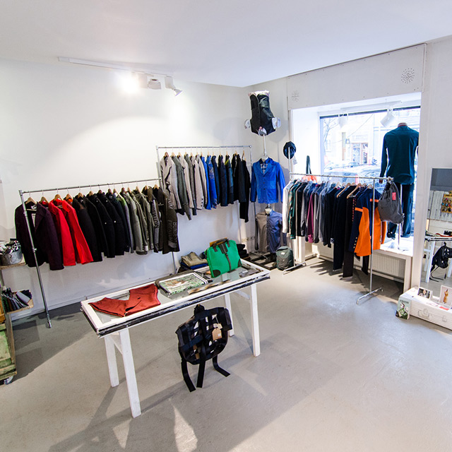 Upcycling Berlin upcycling fashion store: design in all good conscience - berlin logs