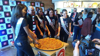 The Biggest Pizza Hut PH Store In The Country Is Now Open At SM MOA