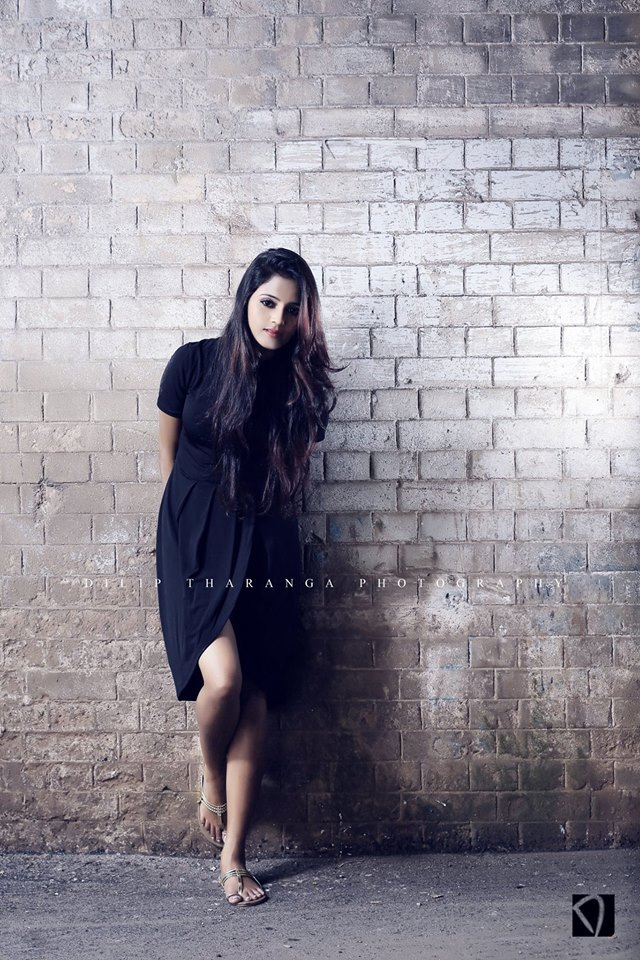 Dinakshie Priyasad hot