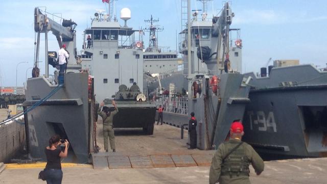 Operaciones de la armada colombiana con la OTAN y la UE - Página 2 Ejercicios%2Bmilitares%2Ben%2BVenezuela%2Bcomo%2Brespuesta%2Bal%2Bacuerdo%2Bentre%2BColombia%2By%2Bla%2BOTAN_1desarrollodefensaytecnologiabelica.blogspot.com.ar