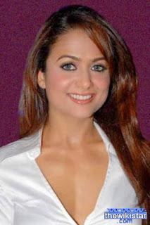 قصة حياة امريتا ارورا (Amrita Arora)، عارضة أزياء سابقة وممثلة ومقدمة برامج هندية