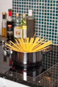 Pustite tjesteninu u vodu