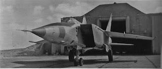 Un MiG-25 RB sull'aeroporto di Cairo West nel 1971.