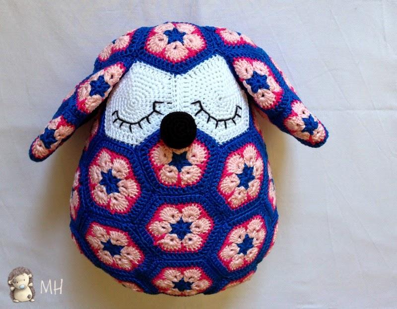 perrito de african flower a crochet