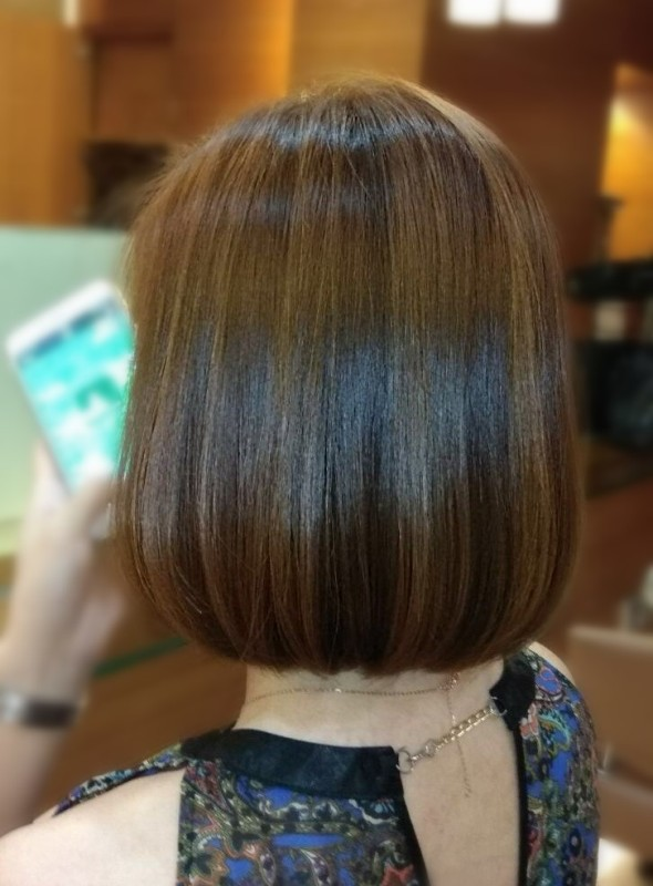 christmas hairstyles short straight mosche grand hyatt