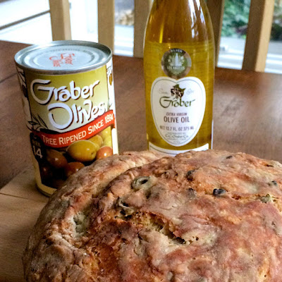 olive, olive oil, walnuts, bread, olive bread, walnut bread, olives, yeast bread