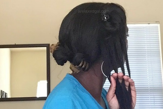 A method for detangling your chemically-treated or natural hair that can cause less damage.   arelaxedgal.com