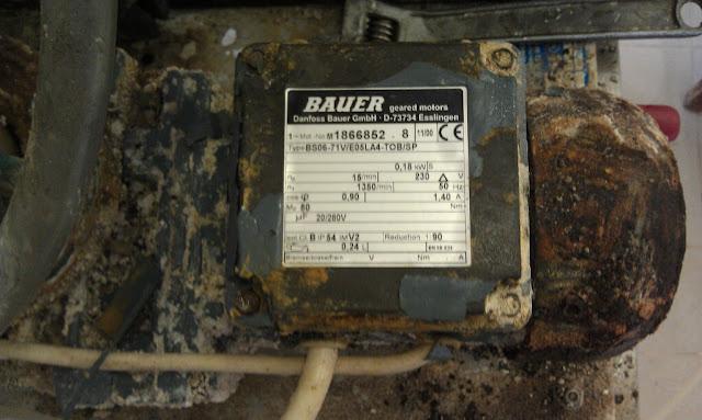 Электродвигатель с редуктором Bauer
