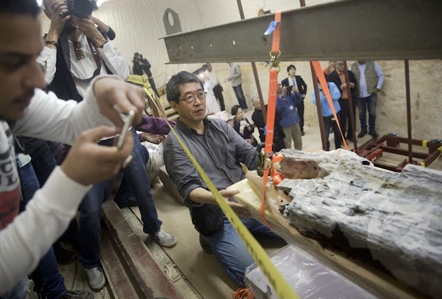 Egypt's famed pyramids get new lab to restore pharaonic boat