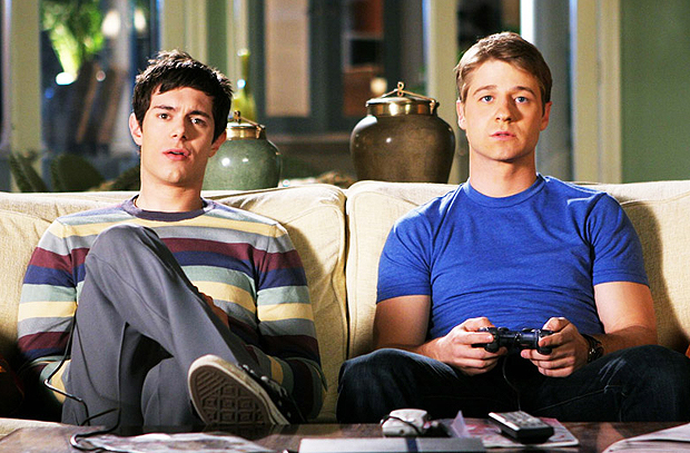 seth and ryan watch tv the oc
