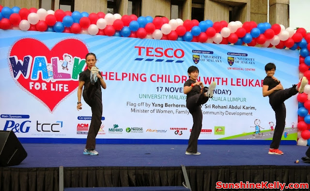 Tesco Walk, Walk For Life 2013, Fitness, charity walk, Clubcard Cop Cop Day Challenge, university of malaya, help children with leukaemia, Combat Dance Demo