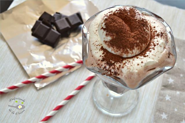 BATIDO DE HELADO DE CHOCOLATE