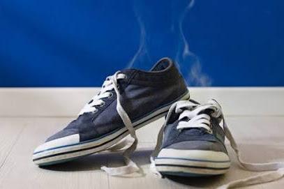 Mencegah Bau Tak Sedap pada Tas dan Sepatu, Pakai Kantong Teh Saja!