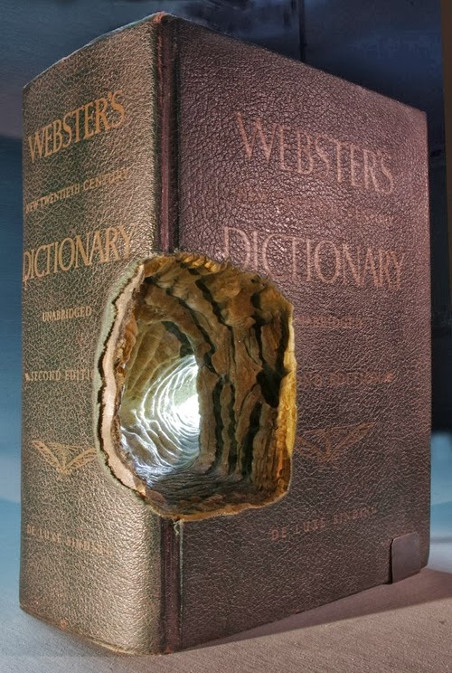 14-Guy-Laramee-Book-Sculptures-Encyclopedias-Dictionaries-www-designstack-co
