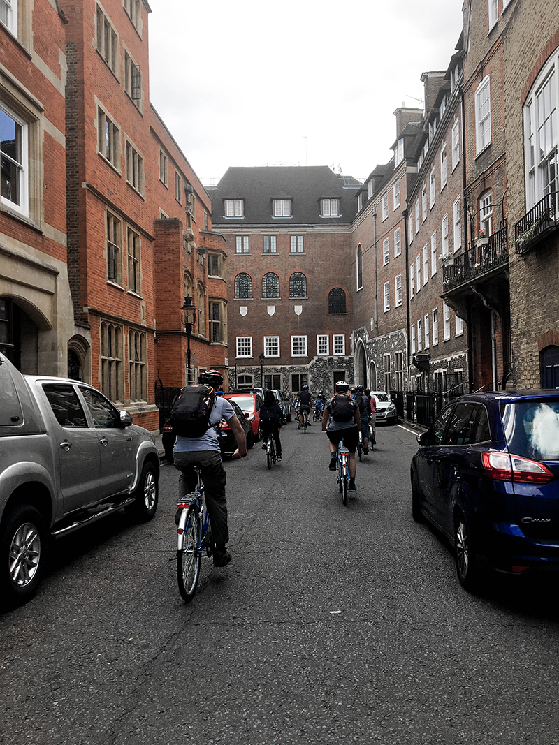 biking around london, london bikes, rent bikes in london