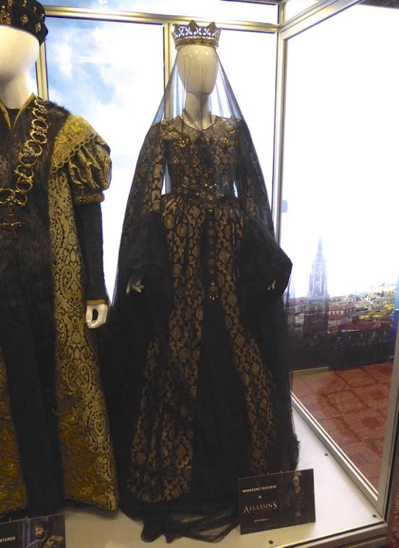 Assassins Creed Queen Isabella film costume