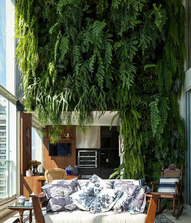 jardim vertical sacada:Simplesmente Decor: As Maravilhas de um Pé-direito Duplo