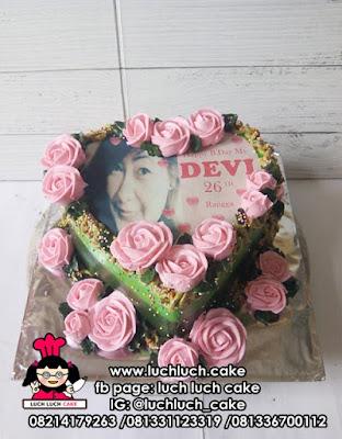 Kue Tart Edible Image Bentuk Love Hati