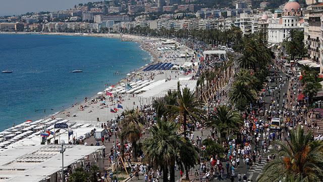 """Condenan a un hombre por vender """"recuerdos"""" del atentado de Niza"""