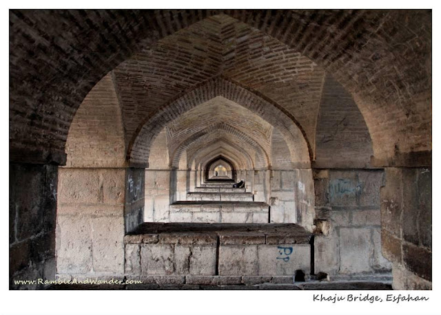 Iran: Bridges of Esfahan - Khaju Bridge - Ramble and Wander