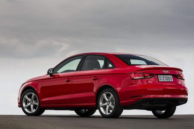 Audi A3 Sedan 2.0 Ambiente 2017 Flex