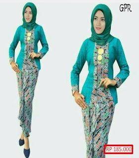 model busana batik wanita