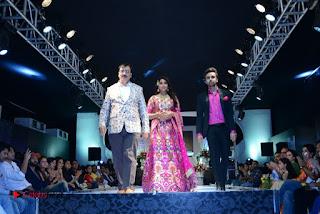 Actress Shriya Saran Pictures at The Wedding Vows Fashion Show  0055.jpg