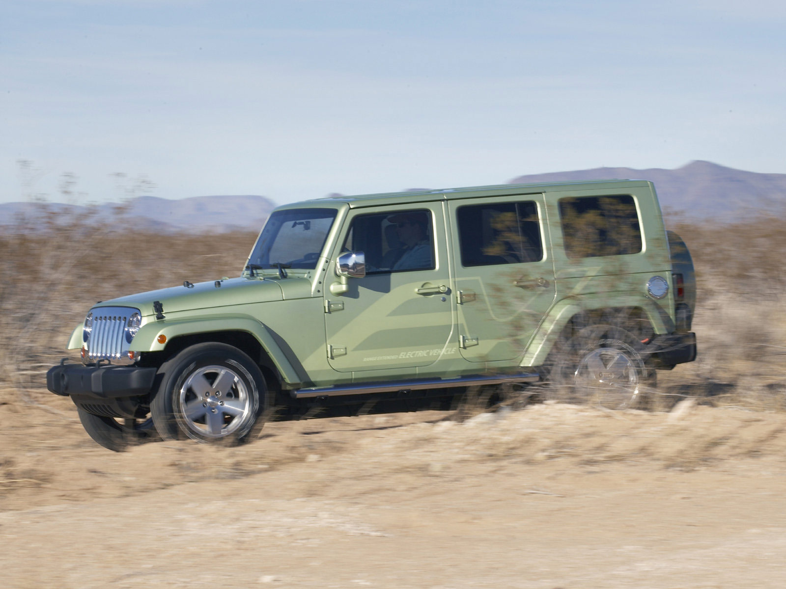 download gambar mobil JEEP Wrangler Unlimited EV