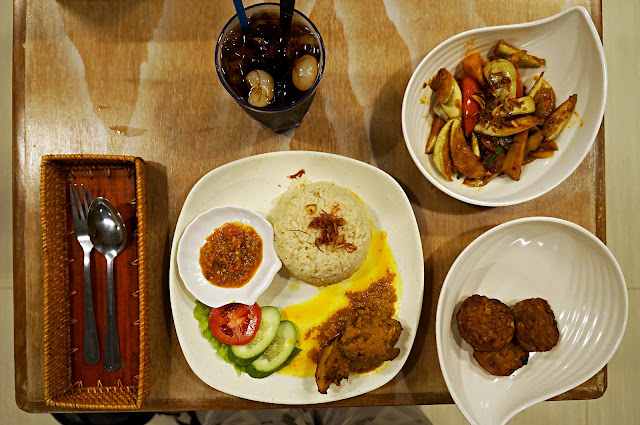 Paket Makan malam di Ayam Keraton Pontianak