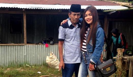 Datuk Kahwin Gadis Jadi Buah Mulut Pengguna Media Sosial