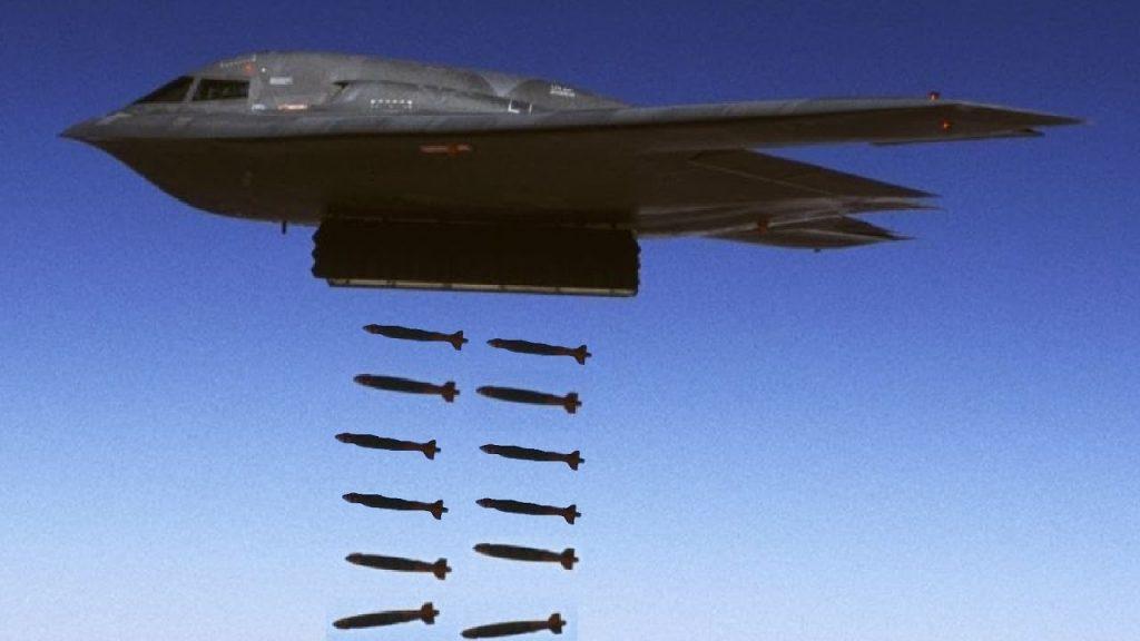 «Είμαστε έτοιμοι για βομβαρδισμούς, περιμένουμε διαταγές» – Ετοίμασαν COMAO με Β-2, Β-52 και F-22 RAPTOR