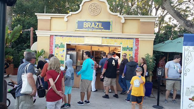 Kiosk do Brasil no Festival Wine & Food, no Epcot