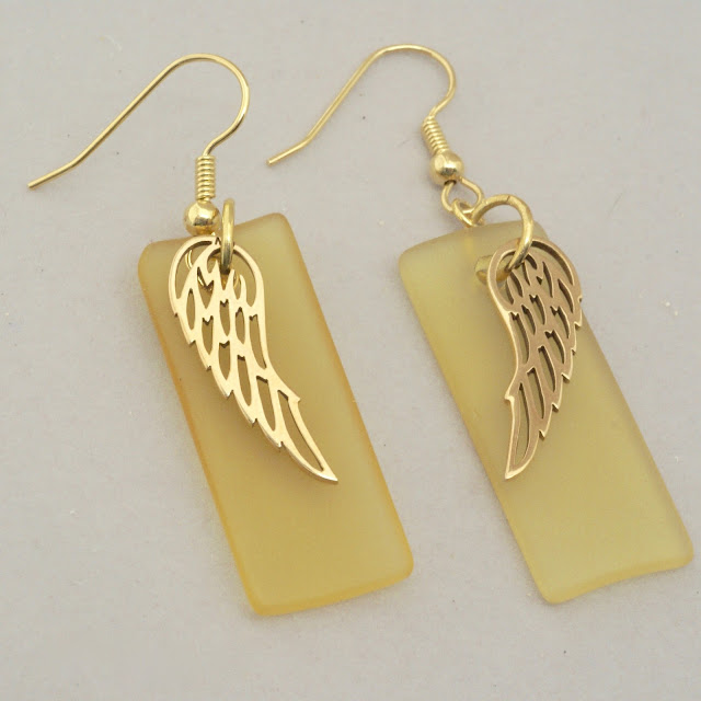 Long yellow wing earrings by BayMoonDesing