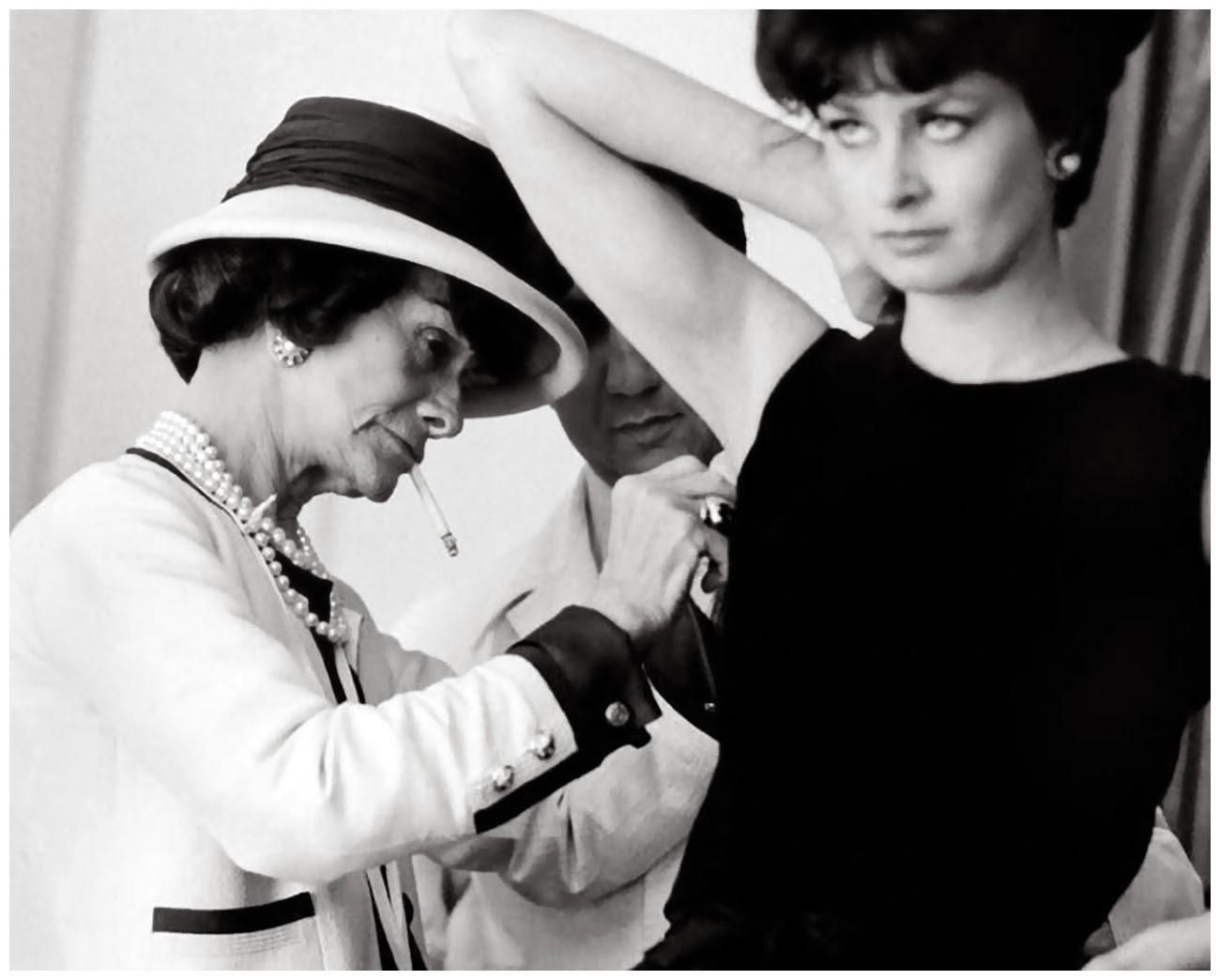 Anemoni  Οι 10 εντολές της Coco Chanel 5f9ffb9a511