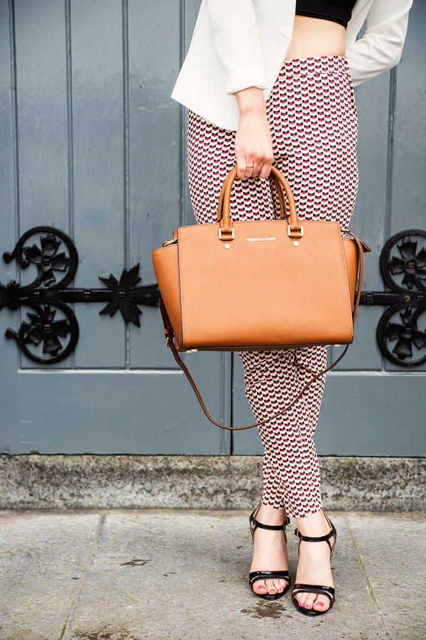 Outfit Post Mini Review Of The Michael Kors Selma Handbag